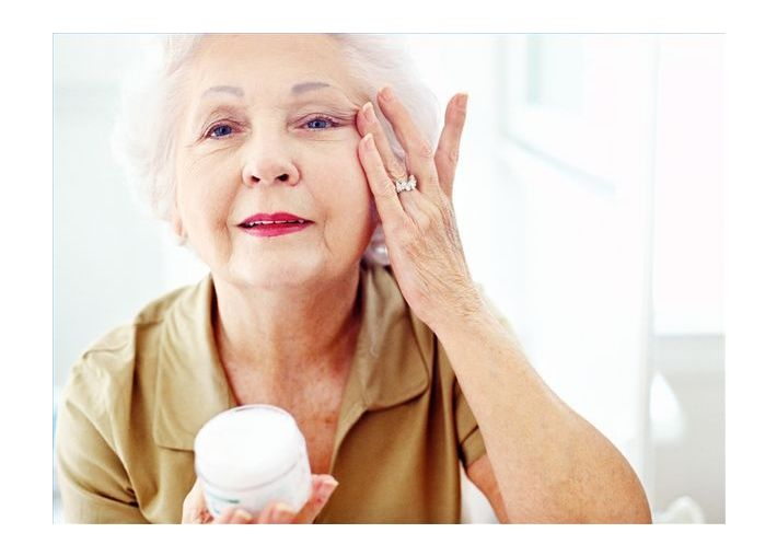 Article_main_615x200-ehow-images-a02-0p-53-hydrate-aging-skin-800x800